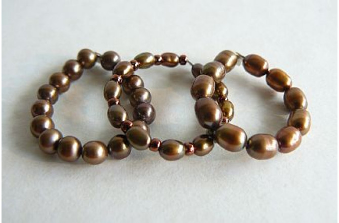 Bronze Pearl Elasticated Rings