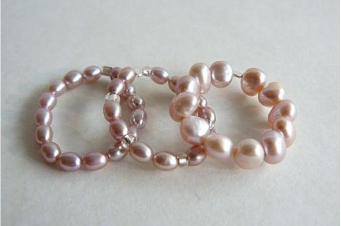 Pink Pearl Elasticated Rings