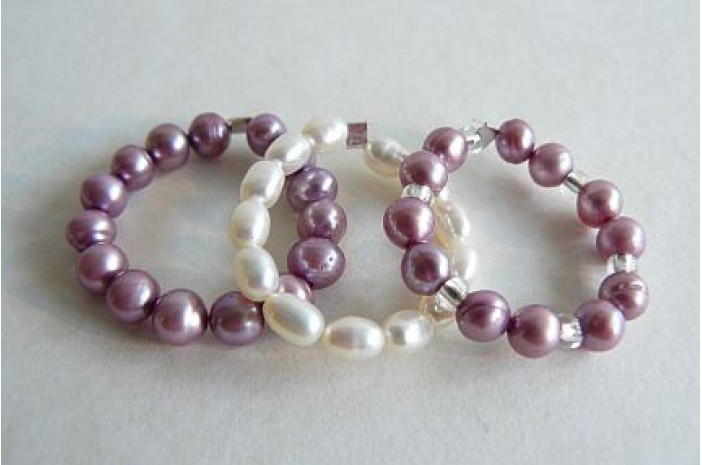 Purple Pearl Elasticated Rings