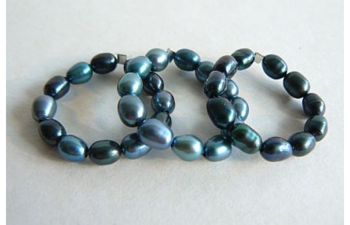 Teal Pearl Elasticated Rings