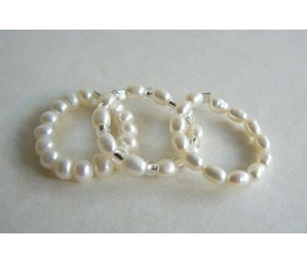 White Pearl Elasticated Rings
