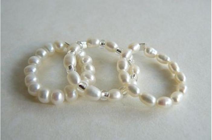 White Pearl Elasticated Rings
