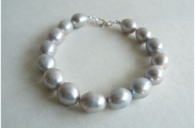 Silver Large Oval Pearl Bracelet