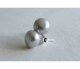 Silver Pearl Stud Earring - Medium