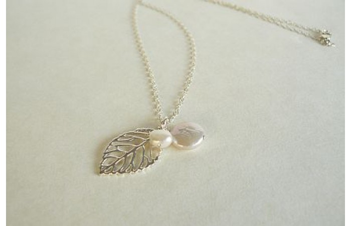 Sterling Silver Leaf and Pearl Pendant Necklace