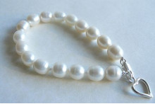 White Large Oval Pearl Bracelet & Open Silver Heart