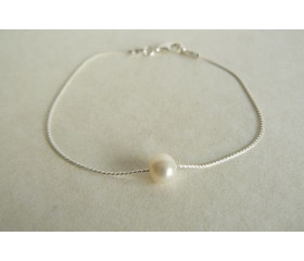 Single Small White Pearl on Fine Silver Chain Bracelet