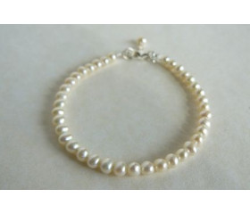 White Smallest Round Pearl Bracelet